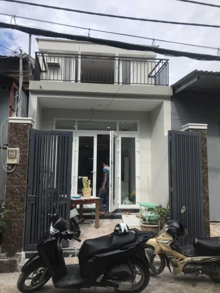 Ứng dụng tấm cemboard Thái Lan nâng tầng lửng tại quận 5. Thời gian thi công hoàn thiện 2 ngày. Chi phí thấp, đảm bảo tính mỹ thuật và kỹ thuật.