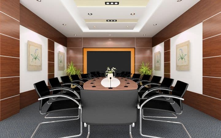 Phòng họp số 1 sau khi cải tạo trở nên sang trọng hơn