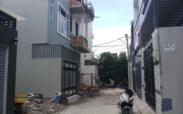 Cần khảo sát tình hình ngôi nhà cũ trước khi sửa nhà