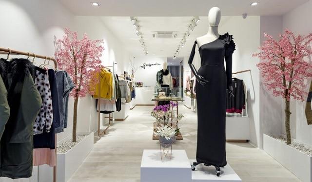 33 mẫu thiết kế cửa hàng đẹp ấn tượng nhất 17