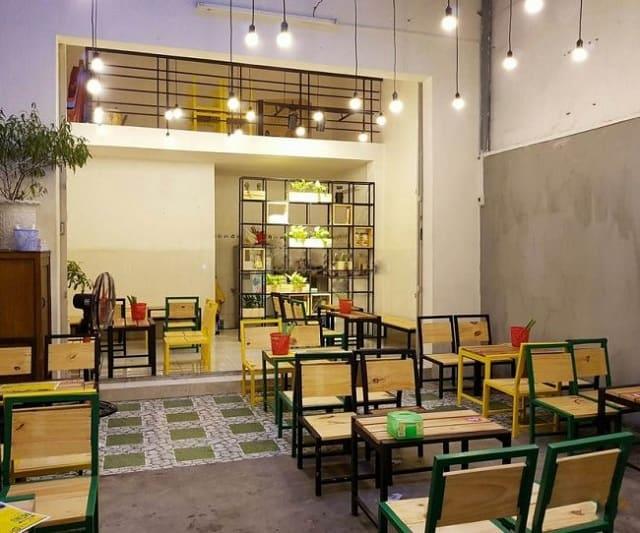 Phong cách trang trí nhà hàng mang đến cảm giác vui tươi, thích thú cho thực khách khi ghé đến