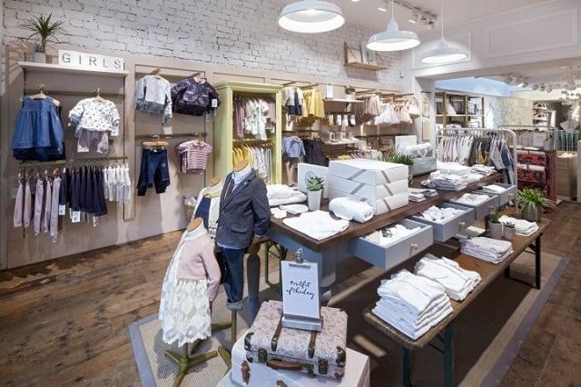 33 mẫu thiết kế cửa hàng đẹp ấn tượng nhất 30
