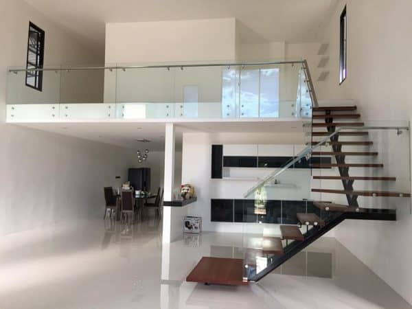 Cầu thang sinh đôi phù hợp ngôi nhà có diện tích rộng
