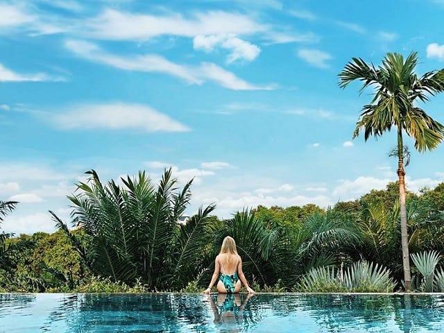 33 mẫu thiết kế hồ bơi đẹp ấn tượng nhất 29