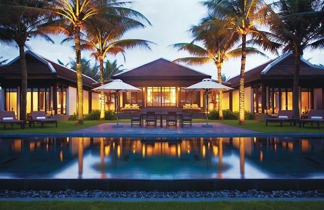 33 mẫu thiết kế hồ bơi đẹp ấn tượng nhất 33