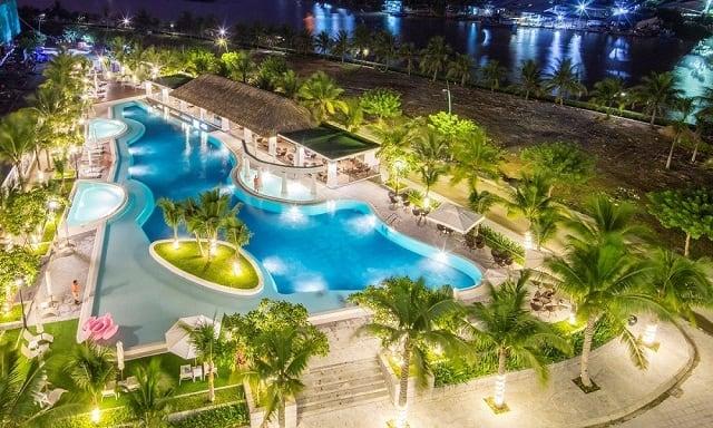 33 mẫu thiết kế hồ bơi đẹp ấn tượng nhất 15