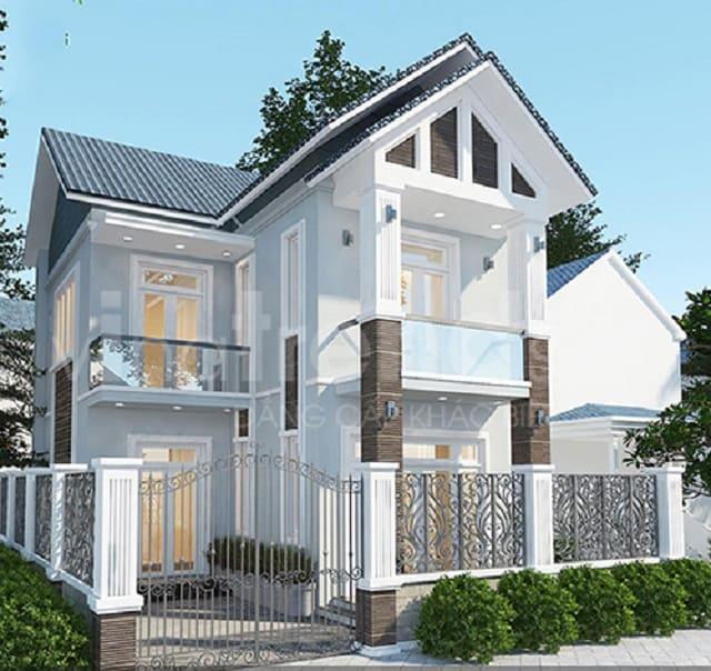 Hệ thống cửa cũng góp phần tôn vinh nét đẹp của nhà 2 tầng mái thái