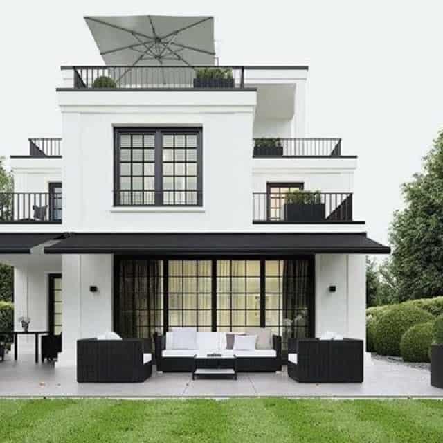 Nhà 2 tầng mái thái khá đa dạng về kiểu dáng