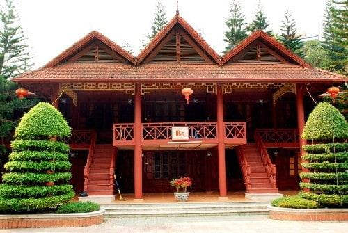 Mẫu nhà gỗ mái ngói truyền thống
