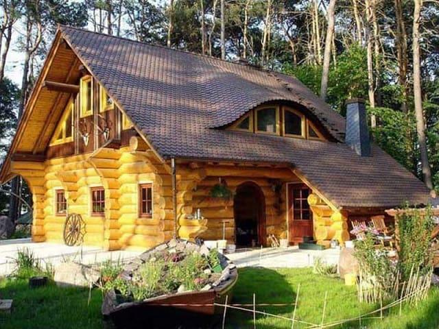 Nhà gỗ ấn tượng như bước ra từ truyện cổ tích