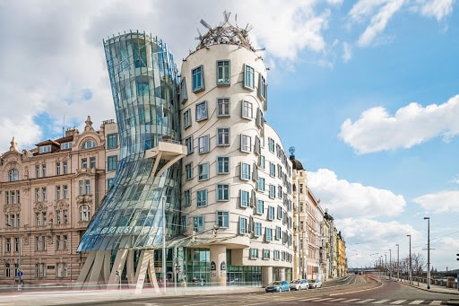 Biệt thự hiện đại kiểu Âu