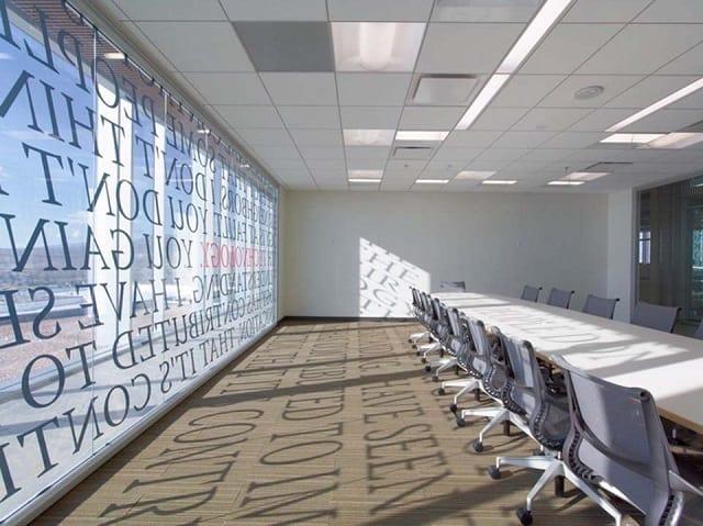 Mẫu thiết kế phòng họp đẹp theo phong cách sang trọng, lịch sự