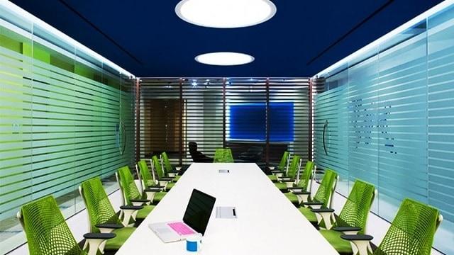 Phòng họp chuyên nghiệp với thiết kế cổ điển