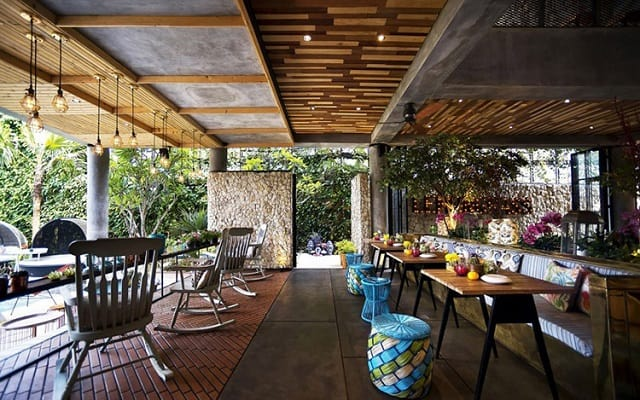 Nhà hàng được thiết kế với những chi tiết độc đáo, ấn tượng và mang đến cảm giác thoải mái nhất cho thực khách