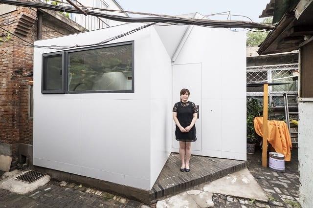 Ngôi nhà cấp 4 cũ kĩ với không gian hạn hẹp