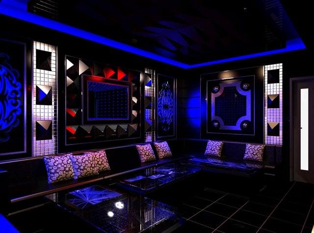 Phòng Karaoke thiết kế theo chủ đề đại dương xanh ấn tượng, độc đáo.