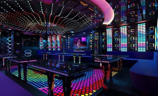 Phòng Karaoke mang phong cách thiết kế trang nhã giống như những phòng trà của thập niên về trước