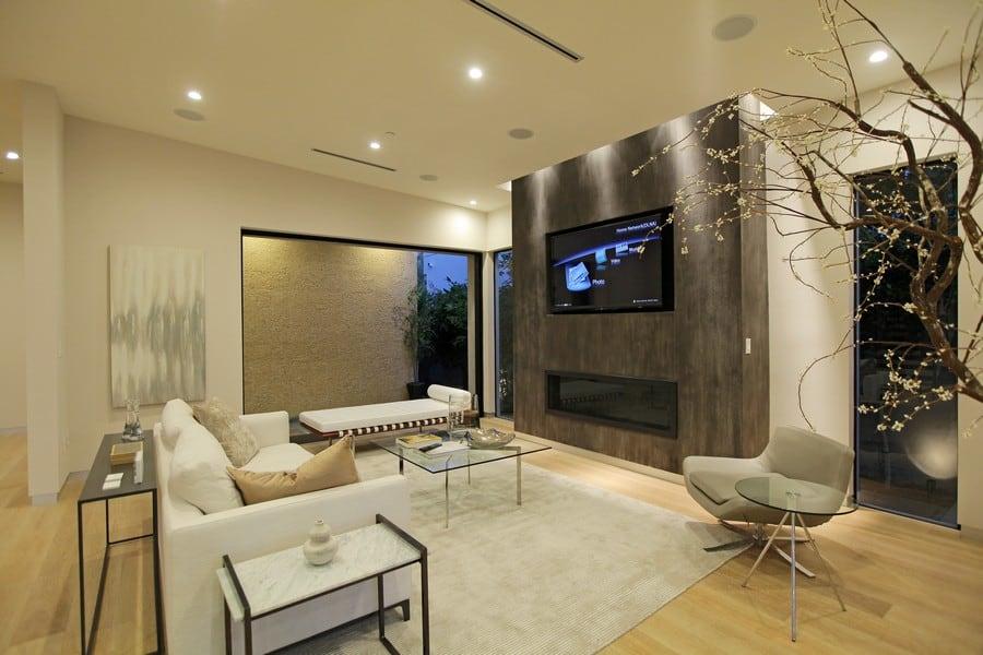 Căn nhà mang phong cách thiết kế sang chảnh, hiện đại với nhiều chi tiết độc đáo