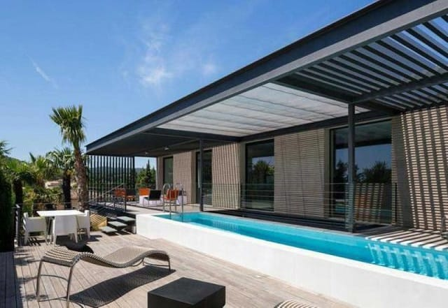 Không gian nhà thiết kế theo phong cách tối giản với sự độc đáo và tinh tế
