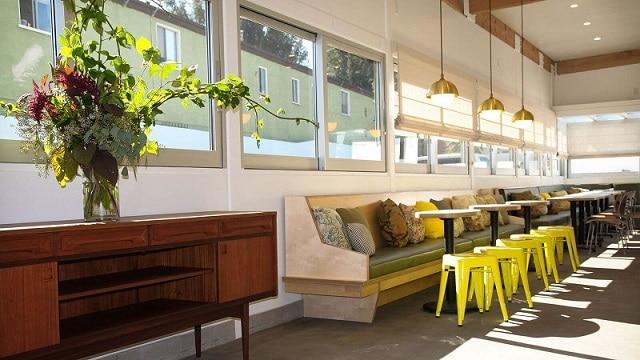Phong cách thiết kế quán café chú trọng đến sự nhẹ nhàng, thanh lịch