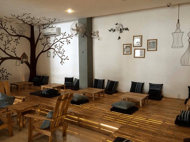 Phong cách thiết kế quán trà sữa tối giản các chi tiết cũng mang đến cho thực khách trải nghiệm mới mẻ