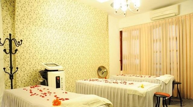 Spa mang phong cách trang trí lãng mạn và tươi sáng