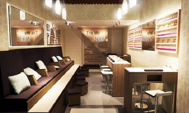 Để giúp không gian trong tiệm thêm nổi bật thì những chiếc ghế Nail màu sắc sáng cũng là lựa chọn hoàn hảo