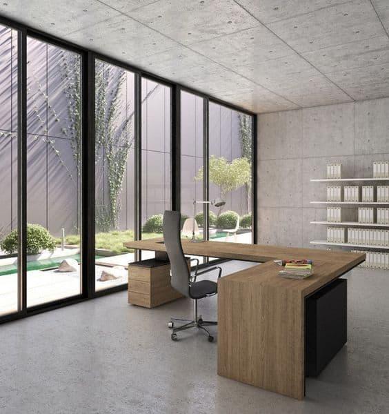 Để tiết kiệm không gian văn phòng đã sử dụng dãy bàn nối dài cùng tông màu trắng tạo sự cơi nới