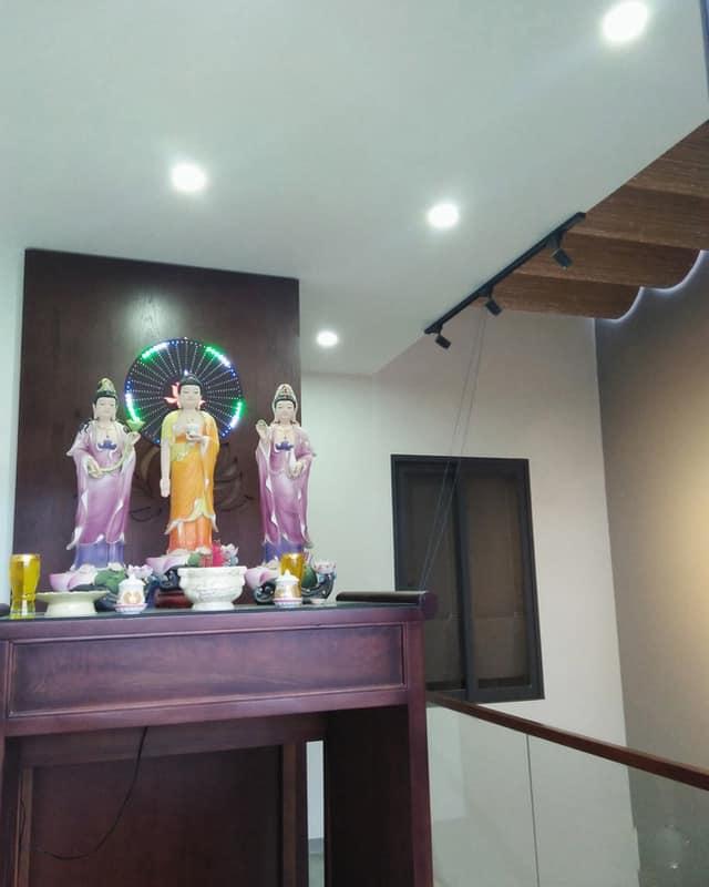 Thiết Kế Nhà Mặt Phố Không Gian Mát Mẻ Trong Lành Tại Đà Nẵng 4