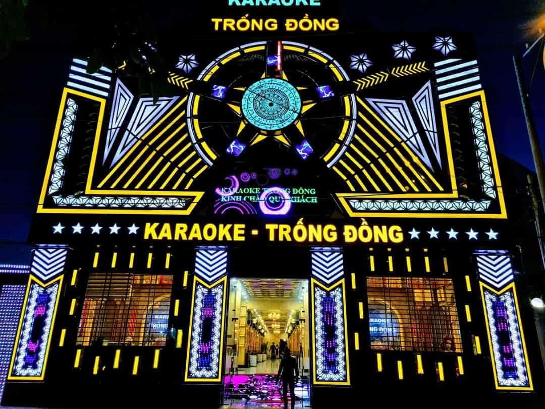 Chuyên thiết kế thi công quán karaoke đẹp