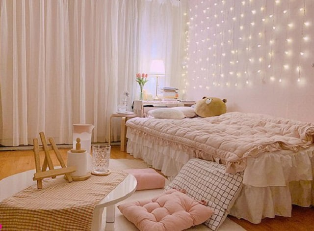 Khánh Linh chọn màu hồng làm tông màu chủ đạo cho cả căn phòng