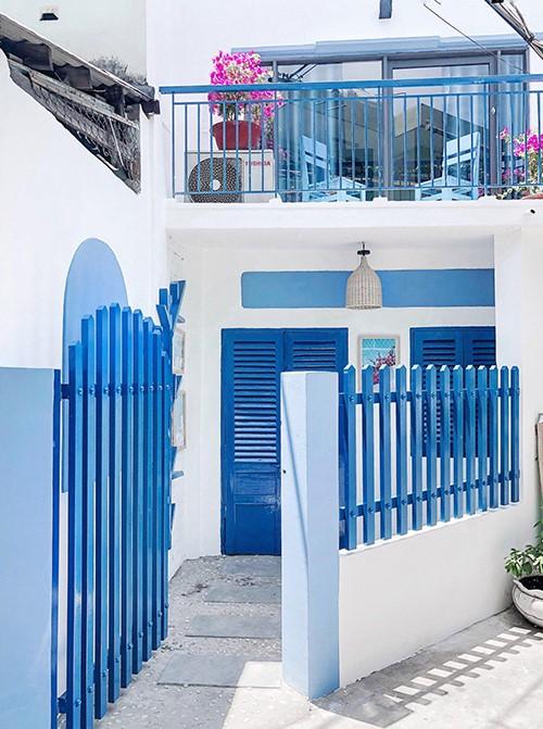 Cải Tạo Nhà Xuống Cấp Thành Không Gian Sống Đẹp Với Phong Cách Santorini 2