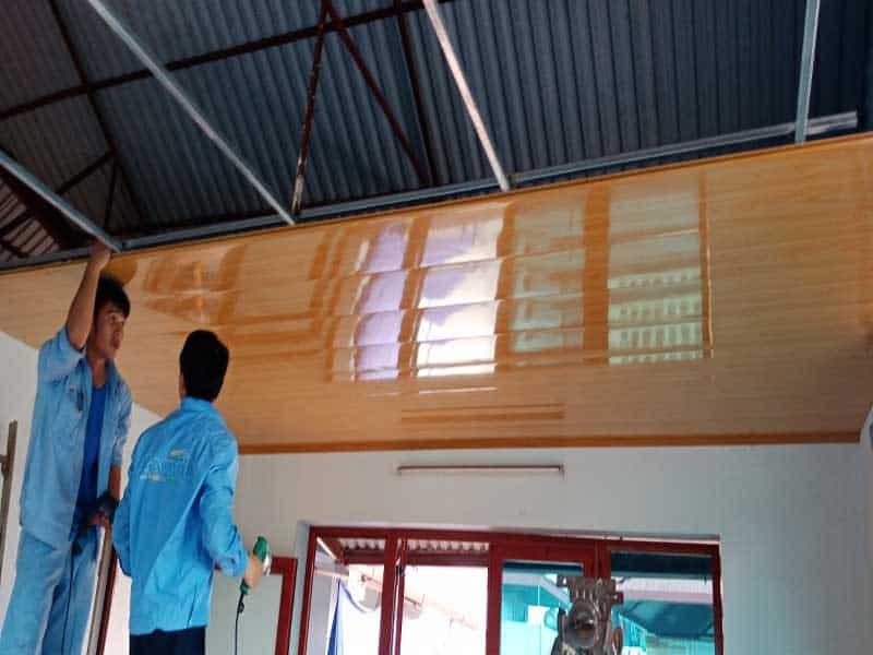 các bước làm la phông trần nhà bằng tôn