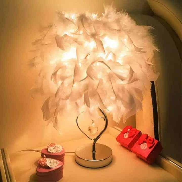đèn đầu giường phòng ngủ