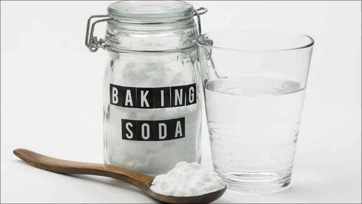 Ưu tiên sử dụng Baking Soda cho những vết bẩn cứng đầu