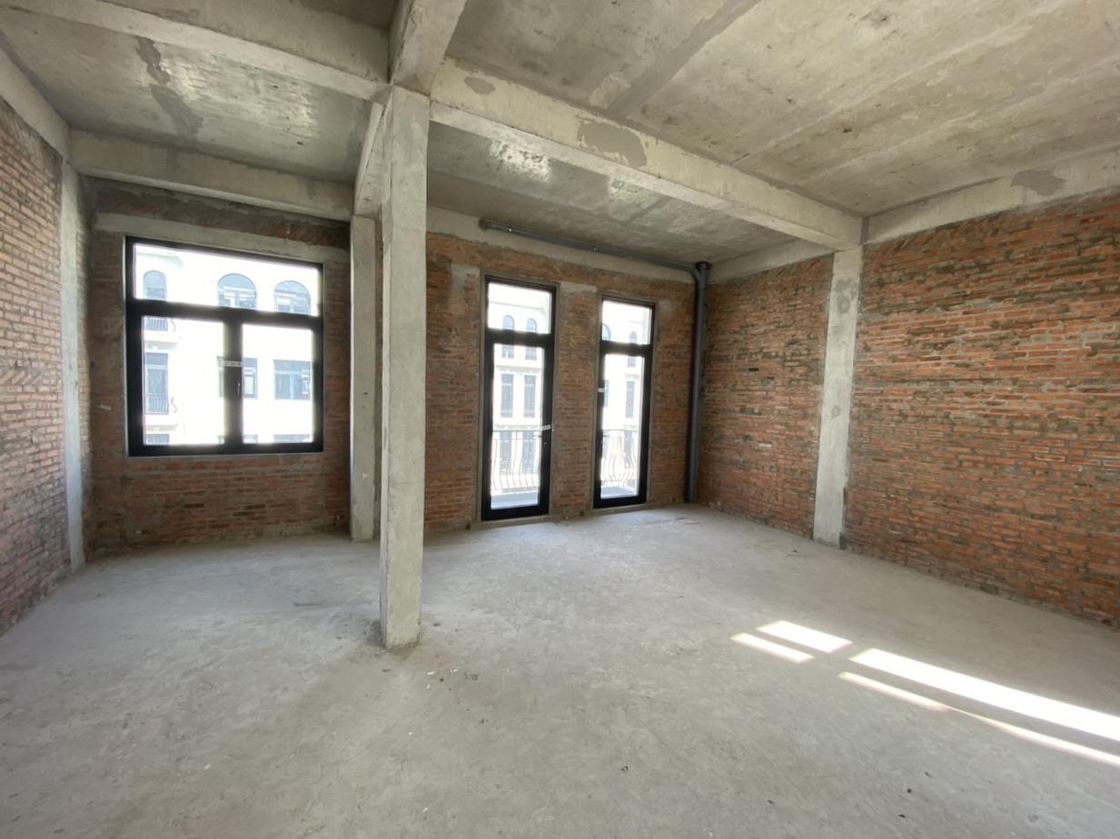 chuyên hoàn thiện nhà thô tại dự án The Manhattan Vinhomes Grand Park