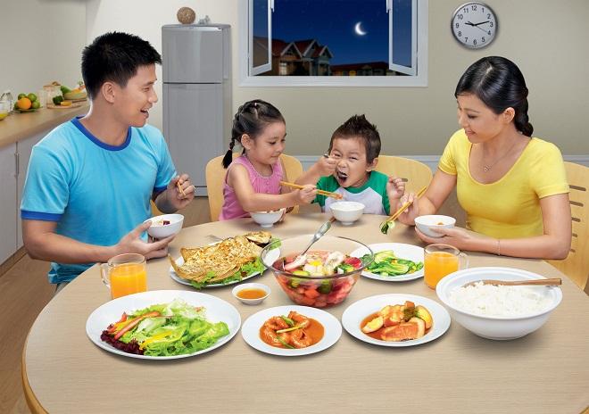 Nên chọn bàn ăn hình gì phù hợp