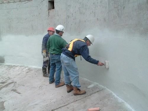 xử lý chống thấm tường nhà mùa mưa