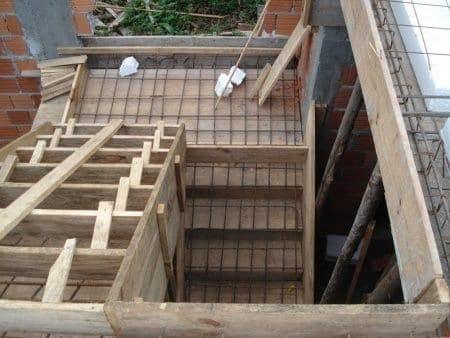 quy trình đổ bê tông cầu thang