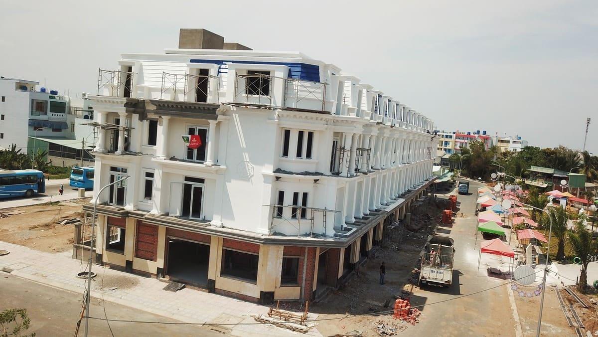 hoàn thiện nhà phố Thắng Lợi Riverside Market 2