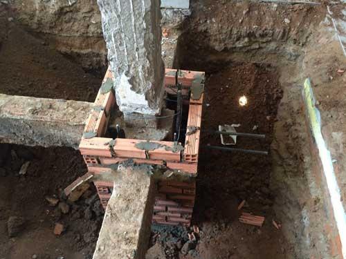 Gia cố cột nâng tầng nhà