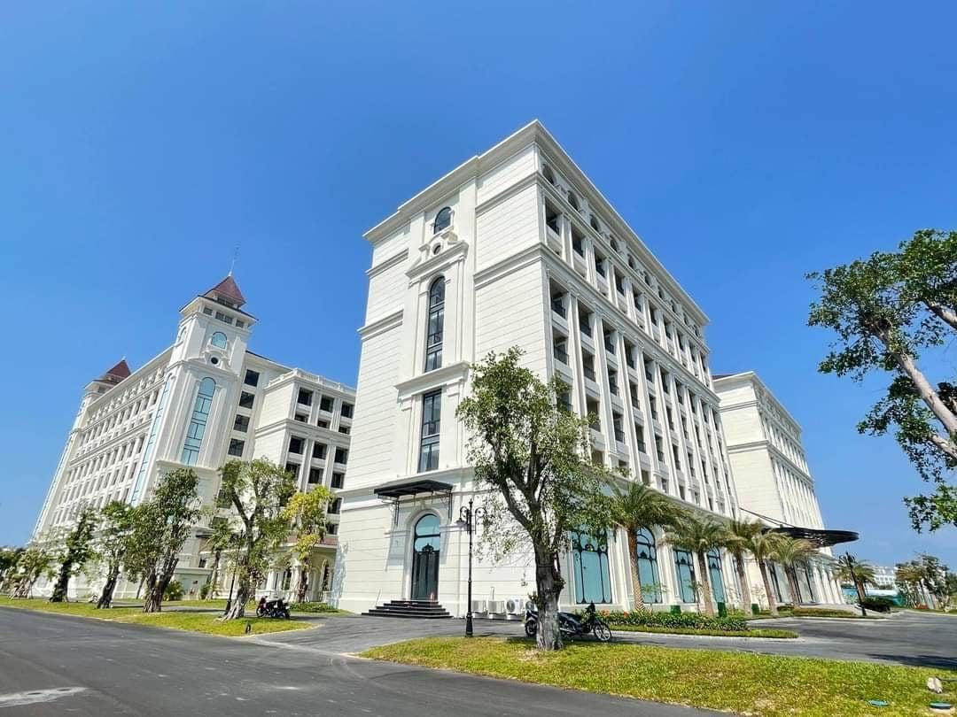 Hoàn thiện nhà dự án tại Grand World Phú Quốc